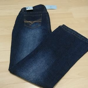 NWT PETITE Jeans low rise bootcut 10P